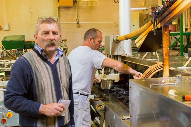 Tibor, bei Jagdfeld Waffelproduktion